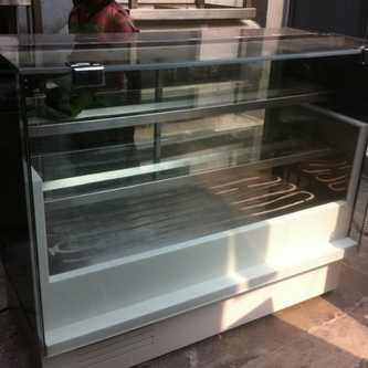 Korean Cake & Bakery display counter manufacturer in delhi
